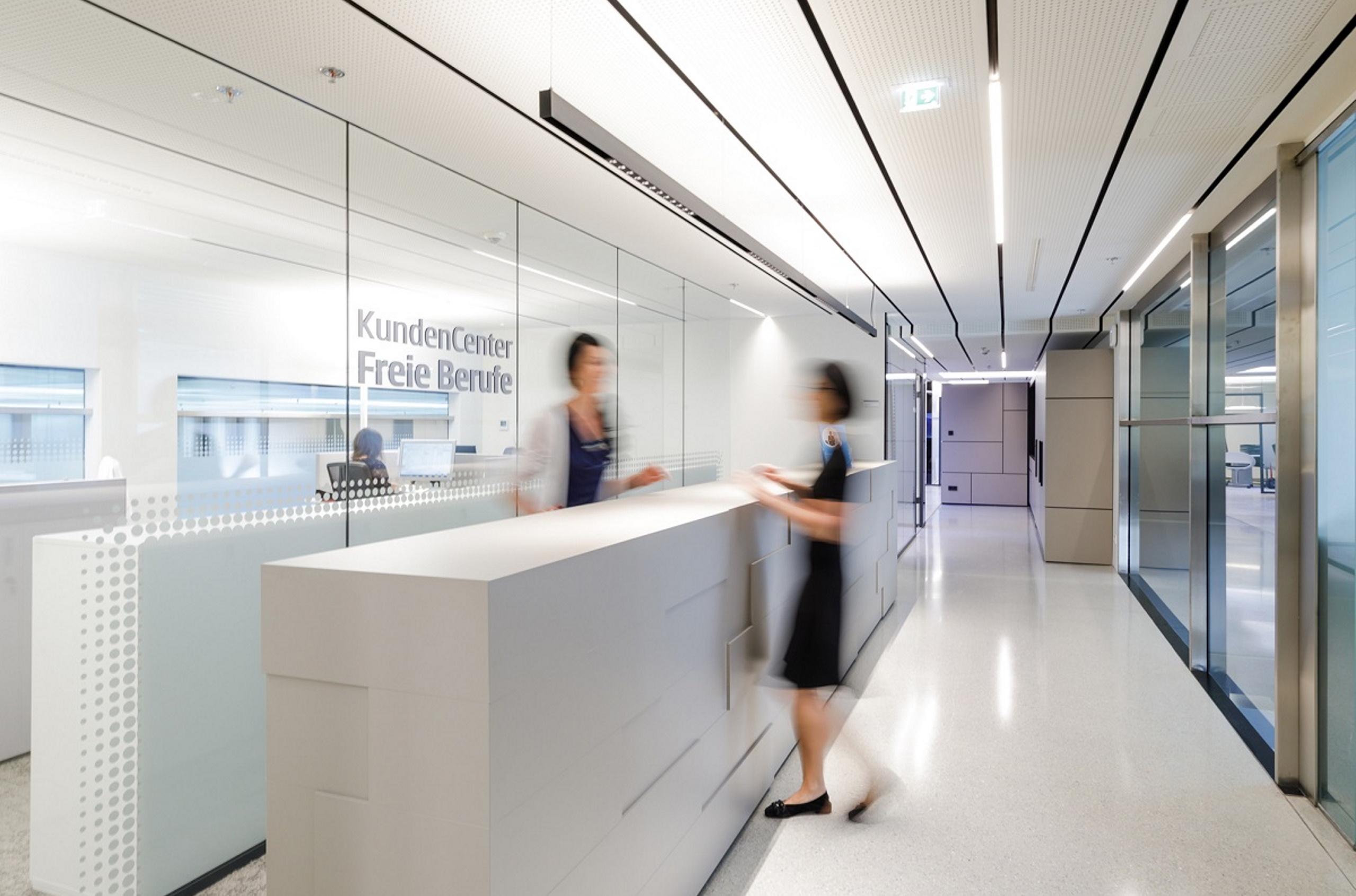 Tiroler Sparkasse   KundenCenter Freie Berufe   MASThave